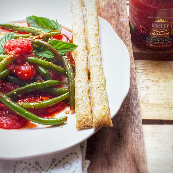 Fagiolini con datterini, sesamo e menta fresca: la ricetta | Pomodoro Petti