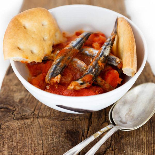 Anchovy Bagnun with Tomato | Petti Recipes