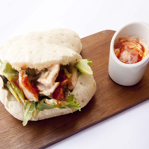 Sandwich di pollo con maionese al pomodoro: la ricetta | Pomodoro Petti