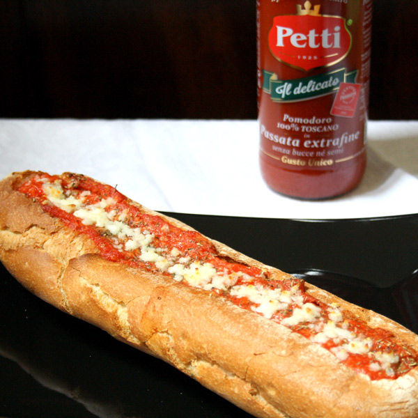 Pizza Bread with extra fine sieved tomatoes | Petti Recipes