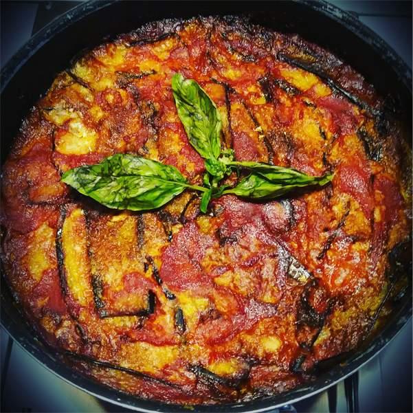 Parmigiana di melanzane: la ricetta | Pomodoro Petti