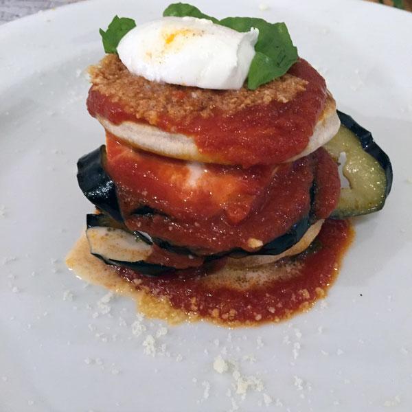 Parmigiana di melanzane rivisitata: la ricetta | Pomodoro Petti