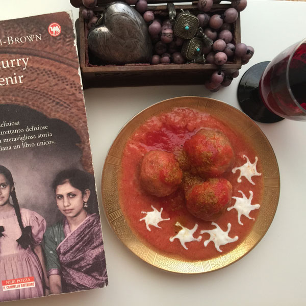 Curry Meatballs with sieved tomatoes | Petti Recipes