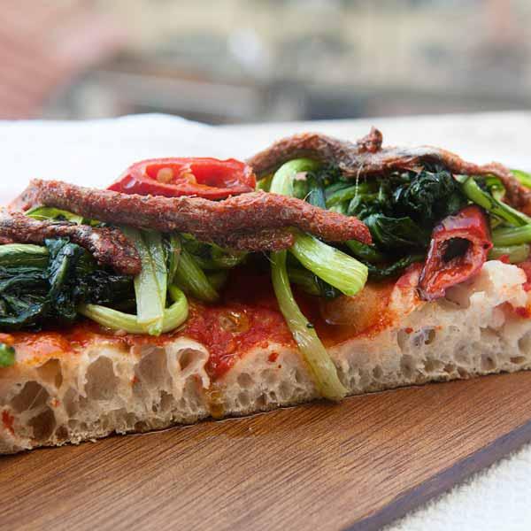 Pizza in Teglia con pomodoro e verdure: la ricetta | Pomodoro Petti